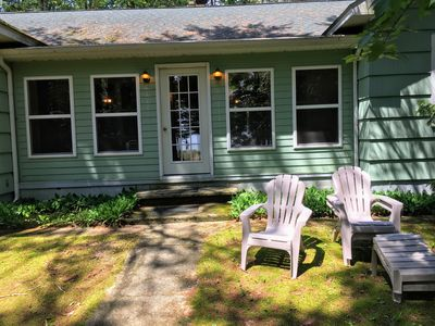 Cozy Greenbush Cottage right on white sandy beach of beautiful Lake Huron!