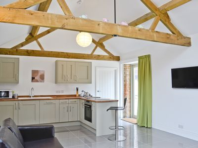 Photo for 1 bedroom accommodation in Heathencote, near Towcester