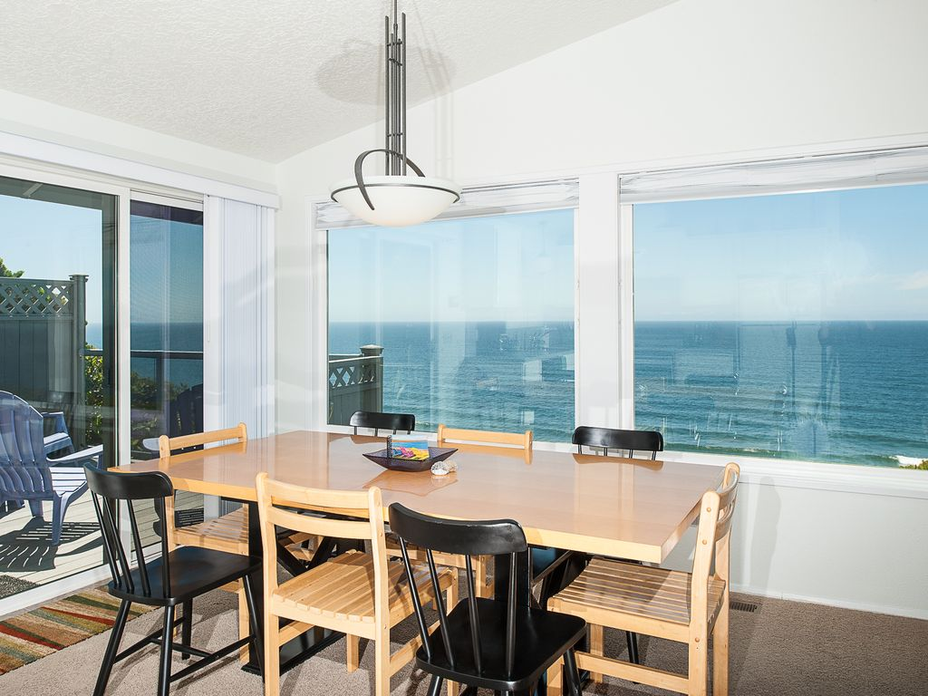 city hotel image oceanfront the booking com this cheap lodge lincoln us hotels of property coho or gallery oregon