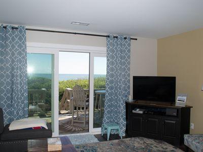 Photo for MULTI-LEVEL OCEANFRONT CONDO WITH EASY BEACH ACCESS