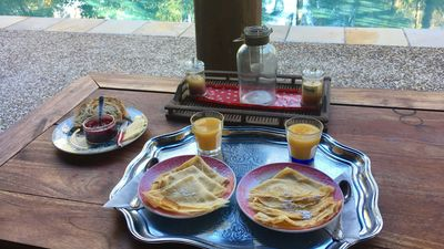 French crêpes by the pool