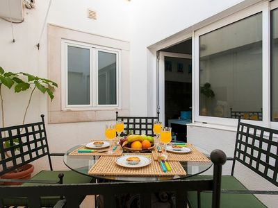 Photo for Apartment in the center of Lisbon with Internet, Terrace (486139)