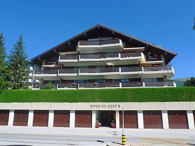 Photo for Apartment Rives du Golf A/B in Crans-Montana - 4 persons, 1 bedrooms