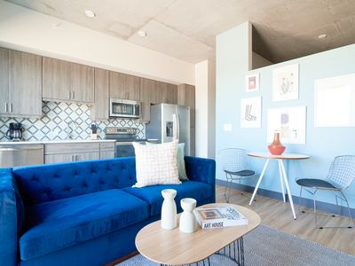 Photo for Sonder | Mill Ave | Simple 1BR + Pool