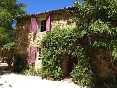Photo for Provence - country house with large swimming pool, quietly surrounded by vineyards