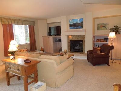 Photo for Ex-Large 3 Bdrm Condo - Walk to Ski - Pool -A recently renovated Kitchen!