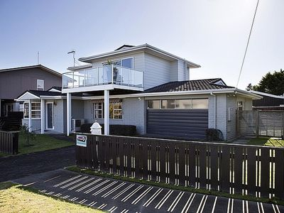 Photo for Jacksons - Two Mile Bay Holiday Home
