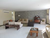 Beatiful back view. House clean, spacious and confortableble.