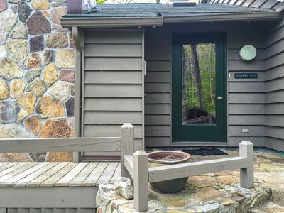 Gorgeous, 3 bdrm home w/ amazing views in the High Peaks.  See also VRBO 850180.