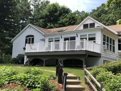 Blissful Vista--Spacious Dewey Lake Property with Stunning View