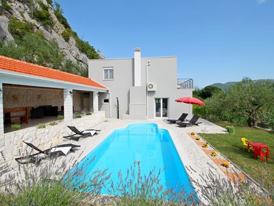 Photo for New! Villa Pasika with private 31m2 pool, summer kitchen with BBQ, 4 bedrooms