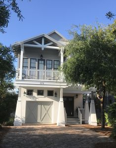 Photo for Gulf views, steps to beach & Rosemary-4 BR, 4.5BA, bikes, chairs, community pool