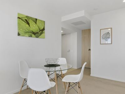 Photo for Stay in Style - Luxury CBD Apartment
