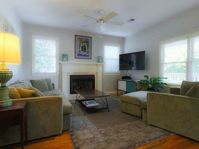 Walkable Beltline Bungalow Wheelchair Access in O4W Inman Park Downtown