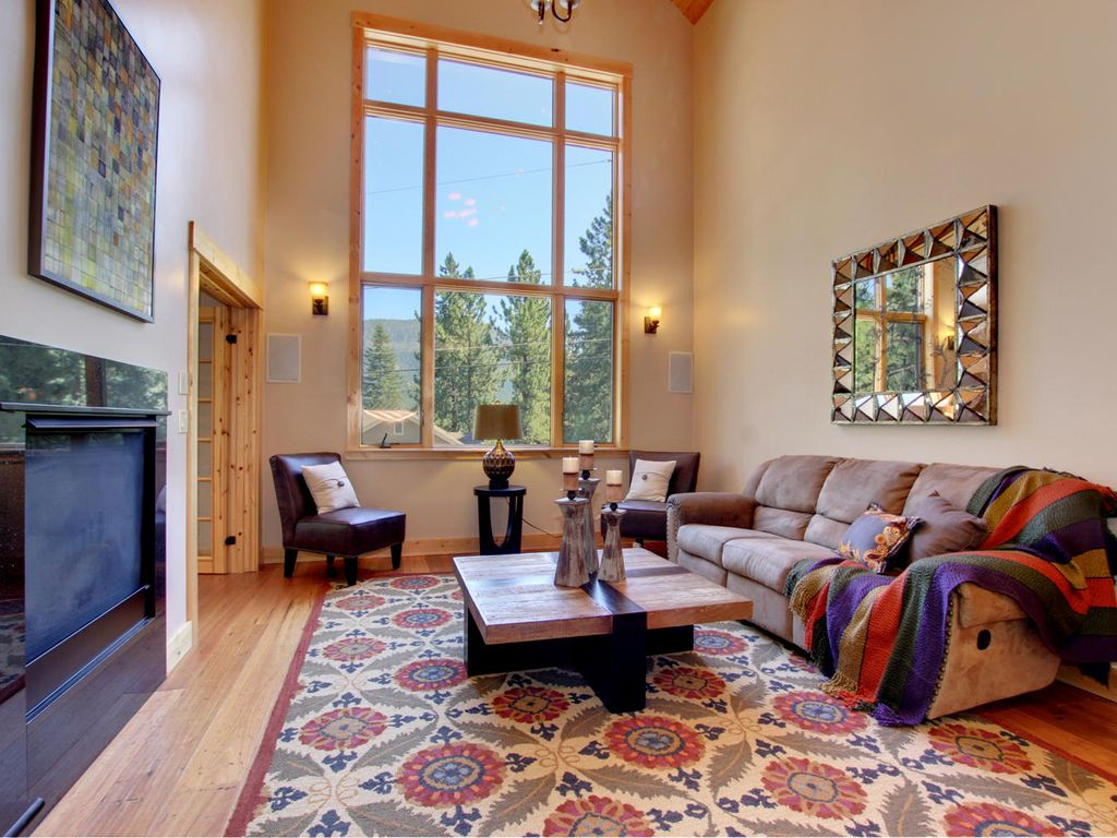 Dual Master Suites 3500 Sq Ft New Luxury Home 5 Bedroom Discounts Echo Lake South Tahoe Lake