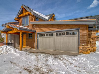 Photo for Luxury walk-to-lift home w/ private hot tub, amazing view & downtown convenience
