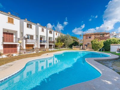 Photo for ES MALLORQUI - Apartment with shared pool in PORT D'ALCUDIA.