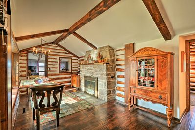 Grab the fam and head to this 4BR, 1.5-bath vacation rental cabin in Macungie!