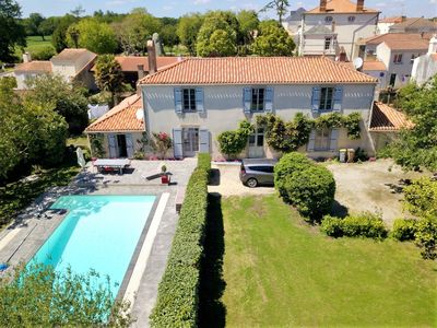 Photo for La Villa Clémenceau - very nice house with pool, in a parc