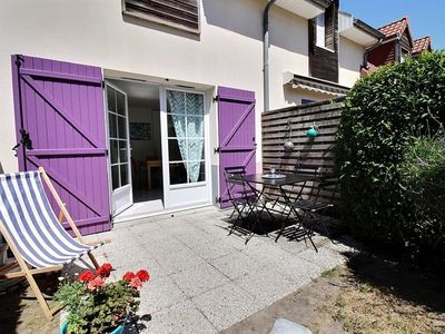 Photo for In a beautiful condominium, house close to shops and the beach
