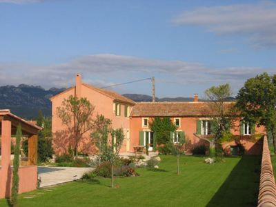 Photo for Charming farmhouse with pool on 3800m, Mont Ventoux and Dentelles