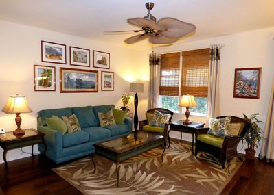 Decor is  a relaxed tropical island style