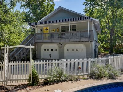 Photo for Conveniently located charming carriage house in historic neighborhood.