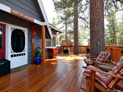 Out of Bounds: Walk to the Lake & Marina! Views! Deck! Updated! DirecTV! 5 Bedrooms! Fireplace!