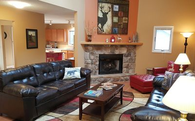 Photo for Pool Table! Ping Pong! Grill! 2 fireplaces! Mountain View!