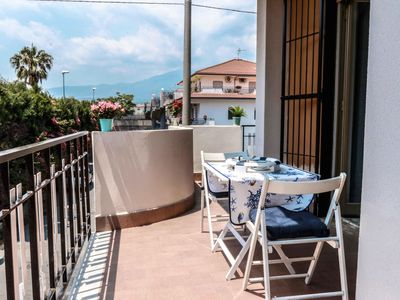 Photo for Smeraldo 2  apartment in Riposto with WiFi, integrated air conditioning & balcony.