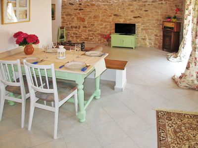 Photo for 3 bedroom Villa, sleeps 9 in Kaštelir with Pool, Air Con and WiFi
