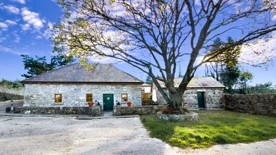 Photo for Stylish stone cottage with sauna. 35 mins from Galway. Sleeps 5
