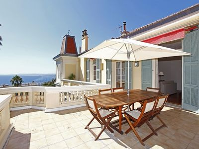Photo for Period apartment 4 persons with exceptional sea view on the Port of Nice