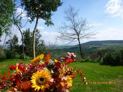 Photo for Holiday home between the scent and the charm of the Tuscan countryside