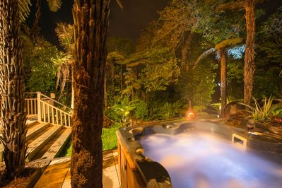 Private Hot Spa Pool under the Stars