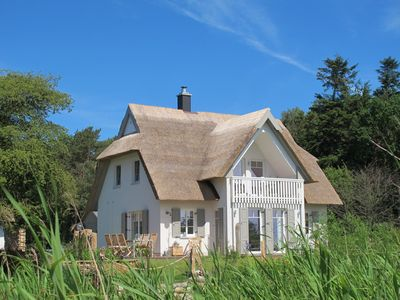 Photo for Schilfhaus-Darss, charming cottage under thatch in dream location on the bay