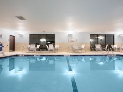 Photo for Free Breakfast Buffet. Indoor Pool. Near Red Rocks Amphitheater!