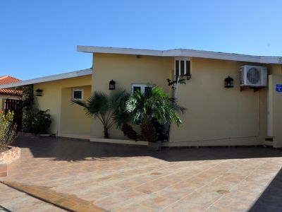 Photo for Palm Beach Villa, Walking Distance To Beach, Restaurants And Malls