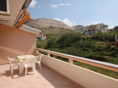 Photo for One bedroom apartment near beach Metajna, Pag (A-6503-e)