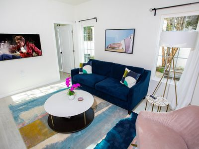 Photo for New West Elm Furnished home, minutes 2 Universal & WB Studio 11 m fm Rose Bowl
