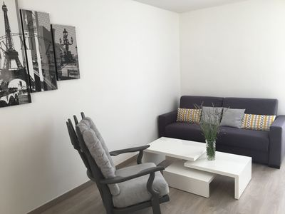Photo for Large 2 rooms New comfortable / residence near Paris and La Défense