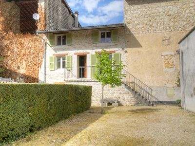 Photo for Gite Poncin, 2 bedrooms, 4 persons