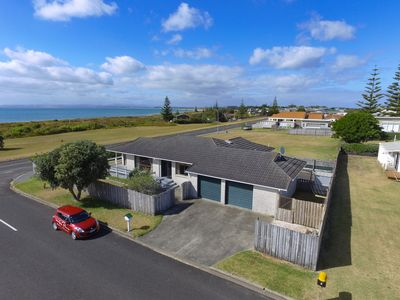 Photo for Tokerau Beach Central