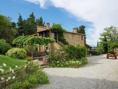 Photo for This romantic  farmhouse is located near the medieval village of Montaione