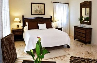 Photo for Beautiful 4br Luxury Crown Villa/ Lifestyle Resort with Private pool and maid!