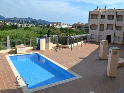 Photo for PORT 15: Magnificent apartment with pool!