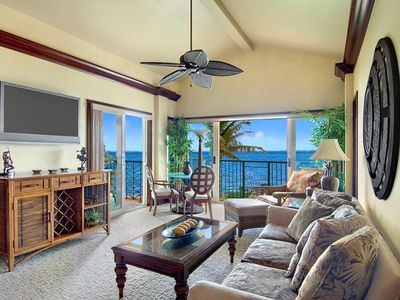 Photo for A402 OCEANFRONT PENTHOUSE / Resort Action Pool & Oasis Restaurant