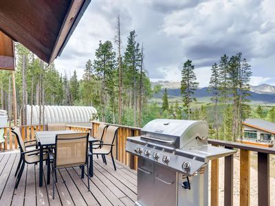 Photo for Peak 7 Local Luxury/Private/A Chef's Delight!/Game Room/Hot Tub/Families LOVE!