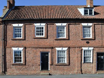 Photo for 2 bedroom accommodation in Barrow-upon-Humber, near Hull