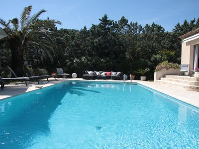 Photo for Nice modern villa with private pool and garden, near beaches, gulf of St Tropez